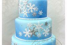 Festa Frozen / Ideias de decoração, bolos, doces, atividades e lembrancinhas para uma linda Festa Frozen!
