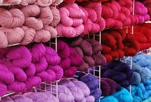 Yarn, yarn, yarn.... / I like the colors...it's beautyful. Die kleurenpracht, ik word er zo vrolijk van :-)