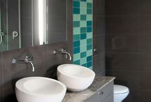 Small Bathrooms / by Israel Butson