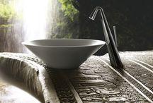 Gessi / Gessi The Private Wellness Company . Progetta e Produce , Esclusivi oggetti di arredo per il bagno, la cucina, il wellness privato e pubblico; il marchio Gessi è oggi nel mondo sinonimo di design in esclusivi ambienti da vivere, siano essi hotel, spa, yacht o dimore private.