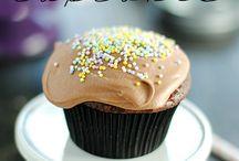 C U P C A K E S / Cupcake Inspiration / by Lipstick & Cake