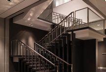 escadas/ corrimaos