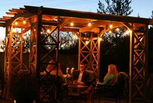 Backyard Landscaping / Here are some great ideas on how you can landscape your backyard!