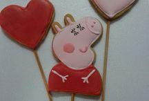 My decorated cookies <3 / Estes são os trabalhos realizados por mim! Amo decorar cookies, meu passatempo predileto!