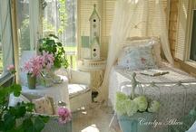 Decor - Cottage and Romantic