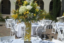 Wedding flowers by Grohe Florists / Bouquets, Centerpieces, Boutonnieres, Corsages for Weddings.  By Grohe Florists