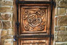 Türen, Tore, Fenster