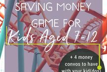 Teach Kids to Save Money / You can teach kids to save money -- even if it doesn't come naturally for them. Find kids save spend give jars + many more ideas for how to do it here. // #kids #kidsandmoney #parenting #teachkidstosavemoney #kidssavespendgivejars #jars #moneyjars