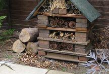 Zahrada - hmyzí domečky - Insect hotels