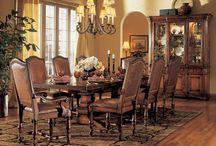 Elegant Dining Rooms. / by Victoria Buttigieg