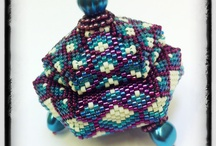 BEADED BOX E MINIATURE