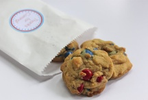 Food: Cookies & Bars / by Michelle Dolan Judd