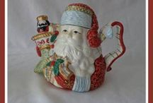 Christmas Teapots And Accessories