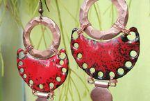 Rouge passion , émaux sur cuivre par echappée-perles