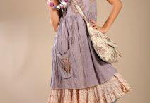 Nadir dresses