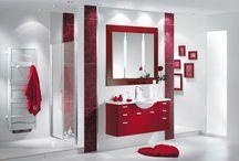 Salles de bain rouges / Voici quelques idées pour aménager une salle de bain de couleur rouge.
