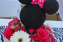 Minnie Mouse Party / by Deyra Indahouse