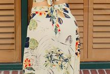 Summer picks / Summertime looks are bright and airy, flowery and happy!