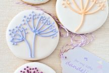 Marshs, Macarons, Cookies & treats / by Natalia Charry