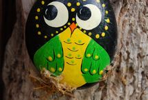 Painted Stones / Painted stones crafts Pinterest board by CreativeMeInspiredYou.com