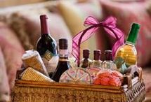 Gift Basket ideas... / Ideas for pretty much any occasion or event.