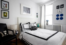 Small NYC apartments / by Jacquelyn Grubbs