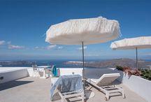 Sywawa | White Santorini / The gorgeous blue and white exteriors of Santorini. Greece.
