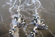 Frog Accessories and Jewelry
