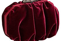 Clutch To My Heart / Evening bags