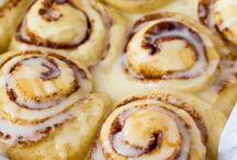 Homemade orange swirl rolls / Swirl rolls