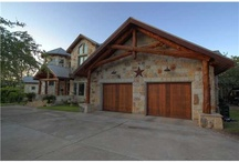 Stunning Home in Leander, Texas / Stunning 14.65 acre Lake Travis Gentleman's Ranch w/700+ ft of waterfront on deep Lake Travis cove. Rustic Inspired 7294 square foot Texas Lodge with 1813 SF Guest Home. Tranquil Austin Estate with Extensive Gardens, Stocked Ponds & Water Features. Solarium is Gardener or Artist's Dream Space.