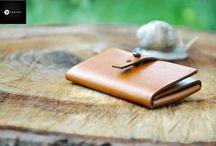 Portofele si portmonee unicate / Producator de accesorii unicate din piele, lucrate manual. Pentru informatii si comenzi sunati numarul:  0756-699 225 - orange