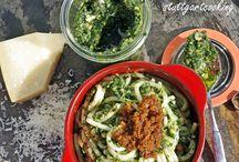 #Pesto, #Salsa & Co. - Selbstgemachtes aus dem Glas / #Pesto, #Salsa #Chutneys & Mehr - #Rezepte zum Selbermachen & Nachmachen Die passenden #Gläser finden Sie bei Flaschenbauer  http://www.flaschenbauer.de/Glaeser/ #Einmachen #Einmachgläser #Einkochen #Weckgläser