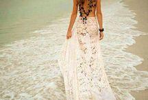 Fashion Photography / Fashion, beach portraits, inspiration, lace dresses