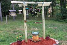 bird feeder style