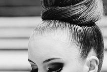 favourite make up / by Melly Sorace