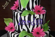 Baking/Decorating Cake Ideas / by Robin Crowder