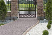 Cegła Uni Split - eleganckie ogrodzenie wieńczące inwestycję. / Ogrodzenie wykonane z cegły Uni Split - Bruk-Bet.