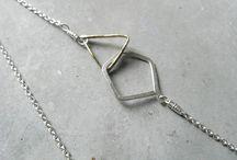 contemporary geometric jewellery / Contemporary jewellery design, geometric motifs