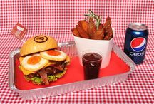 Burgery / Jídlo z Ozzyburger.