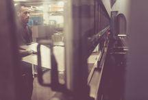 """INDUSTRIAL / La divisione """"Penta Systems Industrial"""" è pensata per fornire lavorazioni industriali di qualità e elementi da installare in autonomia. Linee standardizzate ad elevato potenziale produttivo con tempi rapidi, appositamente pensata per le catene di negozi in franchising. #retail #arredonegozi"""