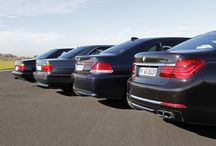 25 years of BMW 12-cylinder engines / setting new standards in the luxury class