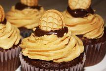 Decadent Desserts / by Jenn Friel