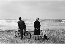 Gianni Berengo Gardin / Gianni Berengo Gardin (Santa Margherita Ligure, 10 ottobre 1930) è uno tra i più noti fotografi italiani.