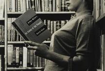 LIBRI UNIVERSI / La vita umana, senza libri, è impossibile. I libri, senza la vita umana, sono resti fossili.