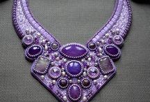 вышитые ожерелья