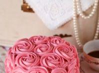 Cakes / by Jen Puttmann