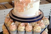 wedding cakes / by Amber Whitehorn