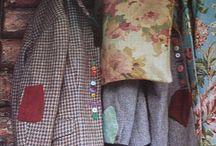 σακακι με χρωματιστα κουμπια χωρις να κουμπωνουν