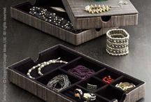 Accessory Organization / Creative, unique, and fun ways to organize accessories!